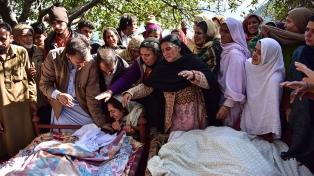 Fuego cruzado en la frontera con Pakistán dejó diez muertos