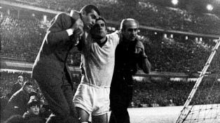 """""""La gloria o Devoto"""": a 50 años de la final de clubes más violenta de la historia"""
