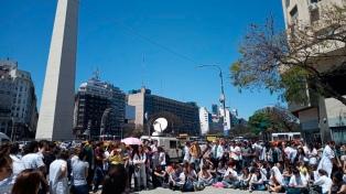Médicos municipales poteños reclaman que se vete la ley de residentes y concurrentes