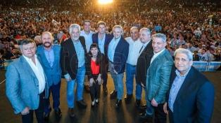 """Fernández: """"El 10 de diciembre empezaremos una Argentina federal y otra epopeya"""""""