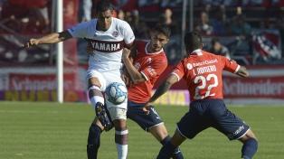 Lanús eliminó a Independiente y pasó a las semifinales