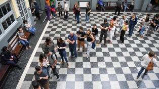 Más de tres horas antes del cierre de las urnas ya había votado más de 70% de los uruguayos