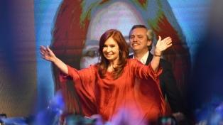 """Cristina Fernández pidió a Macri que tome medidas """"para aligerar la situación de las finananzas"""""""