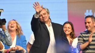 """Fernández le pidió a Cambiemos que """"ayuden a reconstruir el país de las cenizas que dejaron"""""""