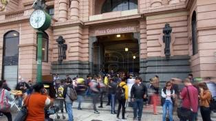 Cinco horas sin trenes causaron complicaciones para viajar y se dictó la conciliación obligatoria