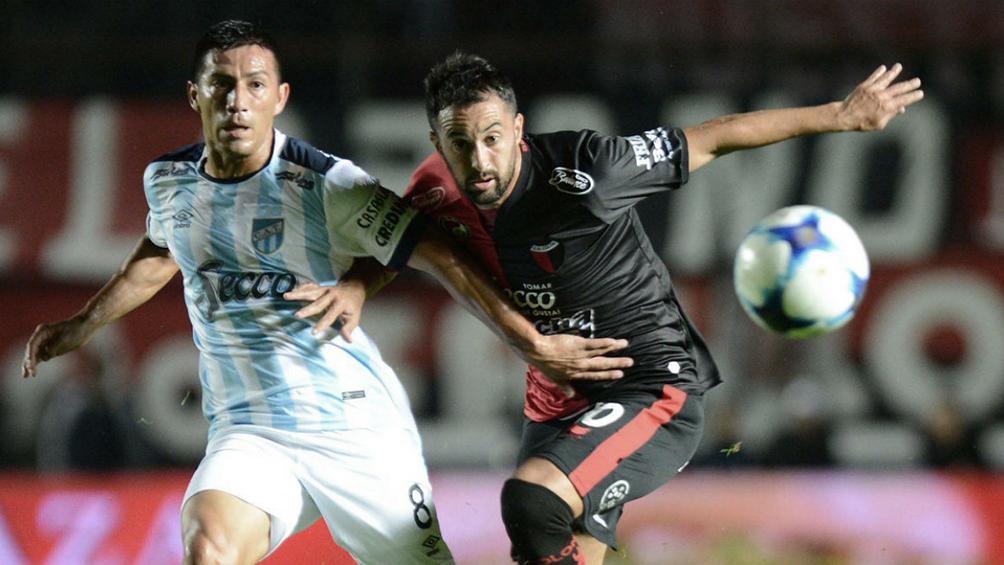 Colón, que piensa en la Sudamericana, recibe a Atlético Tucumán