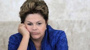 La justicia cita a declarar a Rousseff en una causa por corrupción