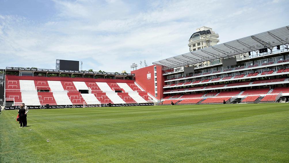 Estudiantes inaugura su estadio después de 14 años de lucha