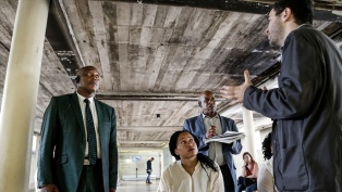 Funcionarios sudafricanos visitaron el Sitio de Memoria ESMA