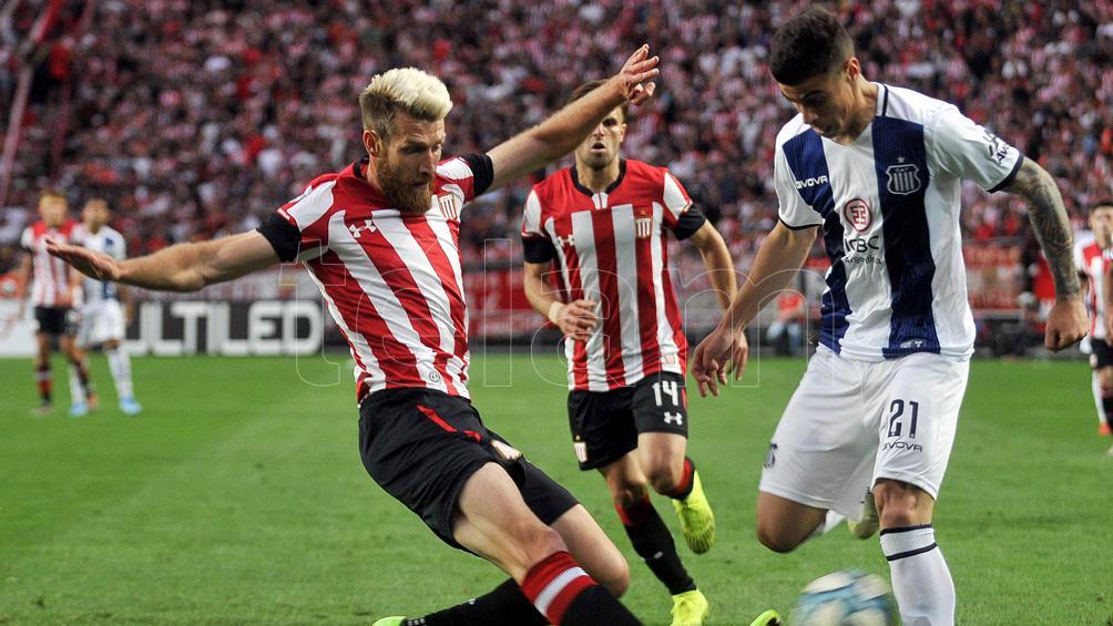 Estudiantes de La Plata y Central Córdoba de Santiago debutan en el torneo