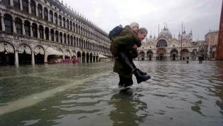 """El 80% de Venecia bajo el agua en una """"devastación apocalíptica"""", dicen las autoridades"""