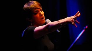 """Ligia Piro hace Canciones de siempre """"como si yo fuera mi propia radio"""""""