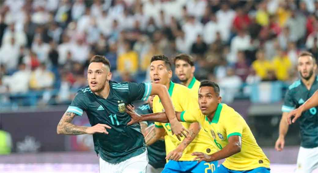 Lucas Ocampos, afuera ante Uruguay por lesión