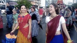 Más de 8.000 personas participaron del milenario festival de la India Ratha Yatra