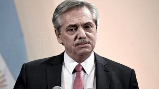 """Fernández rechazó una """"ola de excarcelaciones"""" y pidió a Bolsonaro disminuir la tensión entre países"""