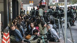 La policía detuvo a unas 400 personas durante una marcha de Año Nuevo