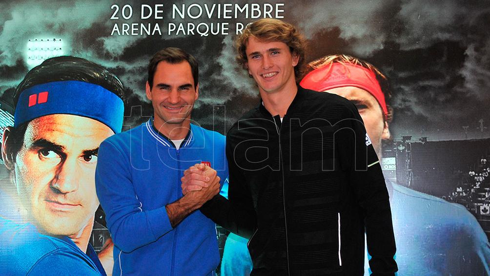 Roger Federer juega en Buenos Aires con el alemán Alexander Zverev