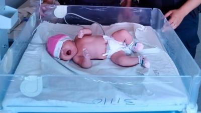 Policías bonaerenses asistieron el parto de una mujer en Morón - Télam