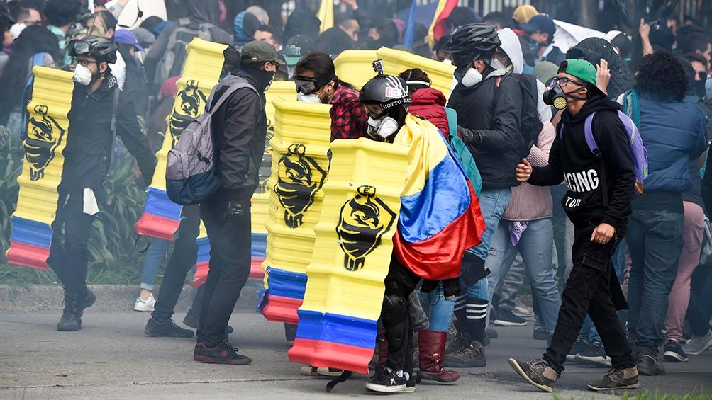 Se cumplió el paro nacional en Colombia, con imponentes marchas y algunos choques con la Policía - Télam - Agencia Nacional de Noticias