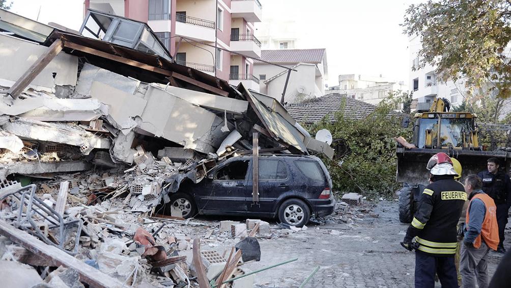 Al menos nueve muertos y 600 heridos por un terremoto