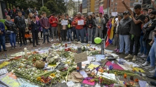 Paro de transporte y bloqueos en la masiva primera protesta del año contra la violencia