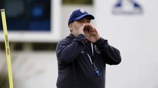 """Maradona celebró la asunción de Alberto Fernández: """"Vamos Argentina, a darlo vuelta!!!"""""""