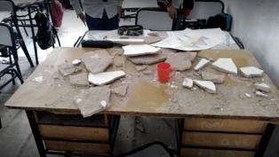 Paro docente en Florencio Varela por la caída del cielo raso en una escuela