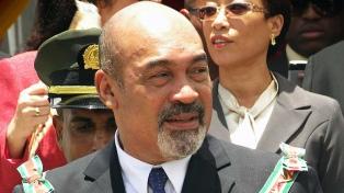 Condenan a 20 años de cárcel al presidente por muerte de opositores