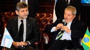 Filmus presenta un libro sobre el ex presidente brasileño Lula da Silva