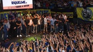 Cierre de campaña de la oposición en Boca con más de tres mil personas