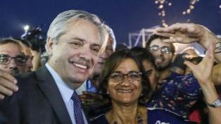 Alberto Fernández inauguró un parque con el nombre de Raúl Alfonsín