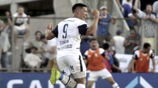 Gimnasia venció a Central Córdoba y consiguió el primer triunfo como local con Maradona