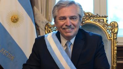 El presidente Fernández llegó a Casa Rosada y se reúne con Daniel Arroyo