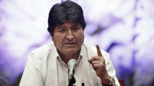 """Dice que aún es presidente de Bolivia y que la orden de aprehensión en su contra es """"nula"""""""