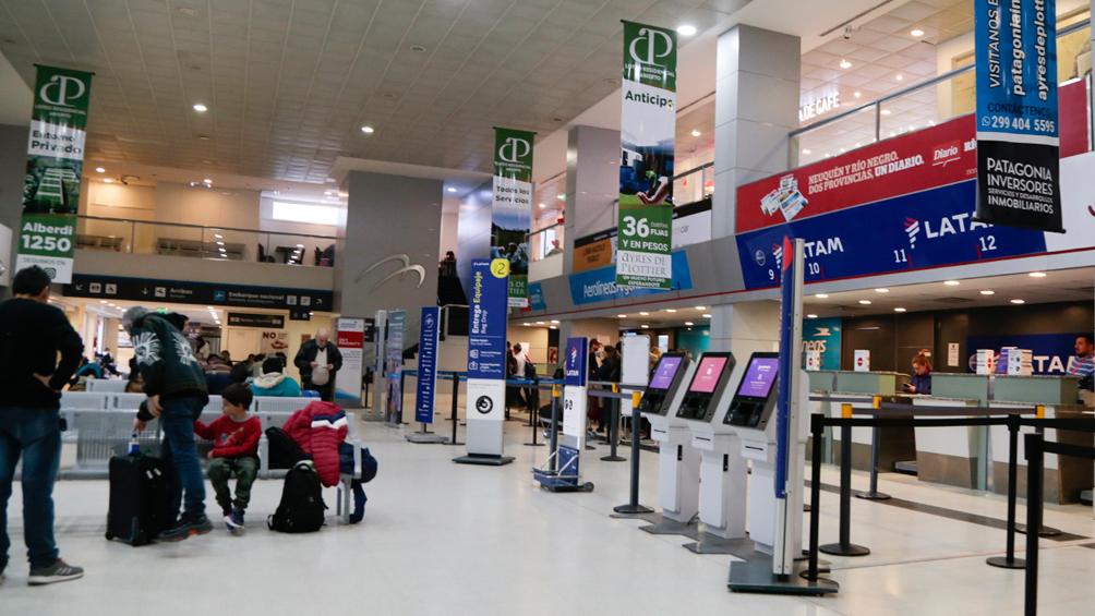 Inauguran las obras de ampliación del aeropuerto