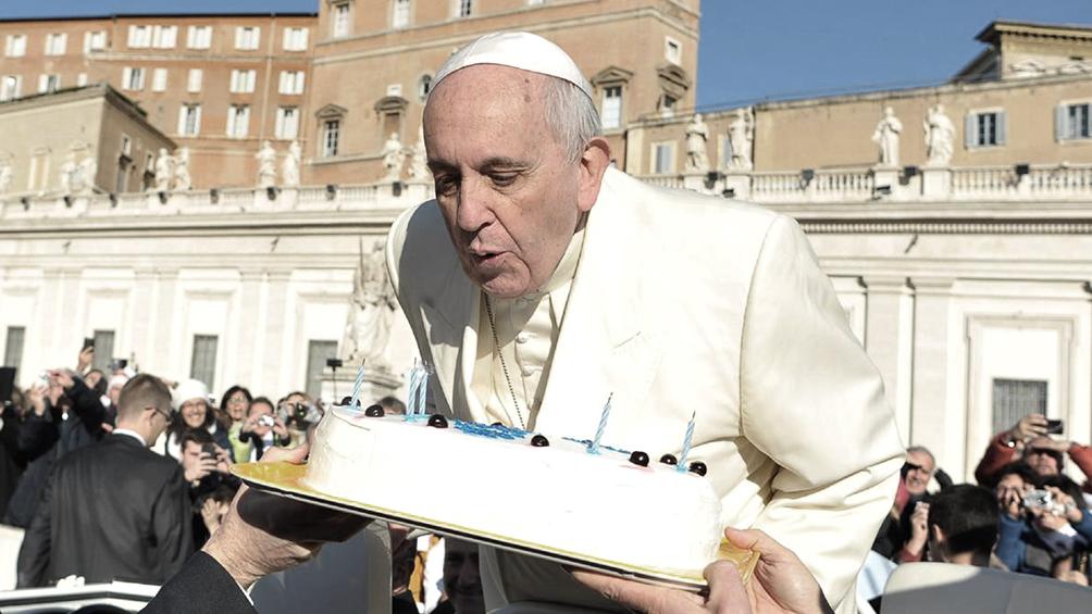Francisco cumple 83 años, sin festejos en agenda