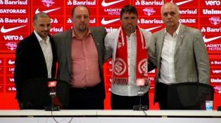 Coudet fue presentado en Inter de Porto Alegre