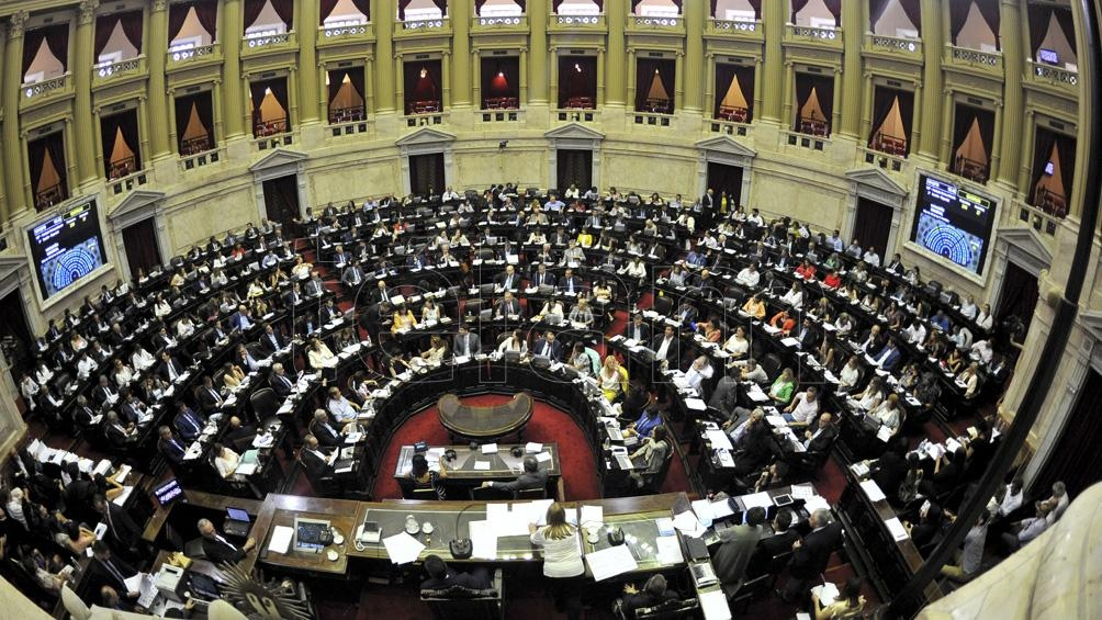 CONGRESO: Oficializan la inclusión del proyecto de restauración de deuda en el temario de extraordinarias