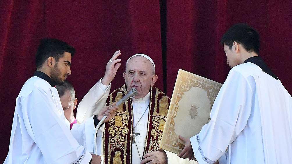 Francisco pidió a los sacerdotes que tengan el