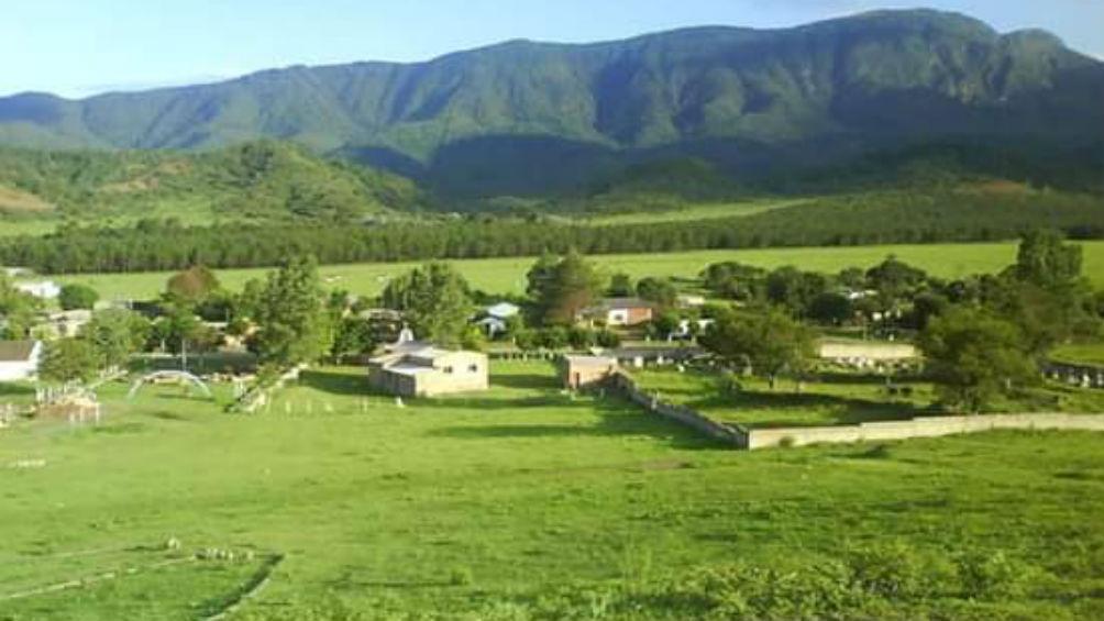 El Fuerte ofrece turismo activo en un húmedo microclima de Yungas del  sureste jujeño - Télam - Agencia Nacional de Noticias