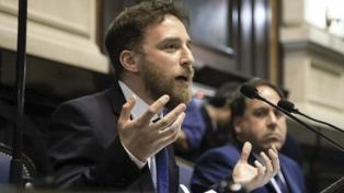 """Otermín: Buenos Aires """"necesita una democracia intensa"""" que aborde los problemas """"de fondo"""""""
