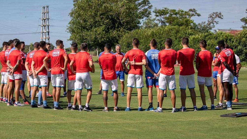 Unión arrancó con los entrenamientos y piensa en la Sudamericana