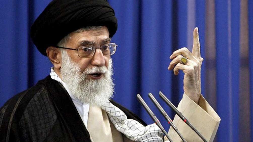 IRÁN: Jameneí llama a la unidad islámica frente a EE.UU. y a no confiar en Europa