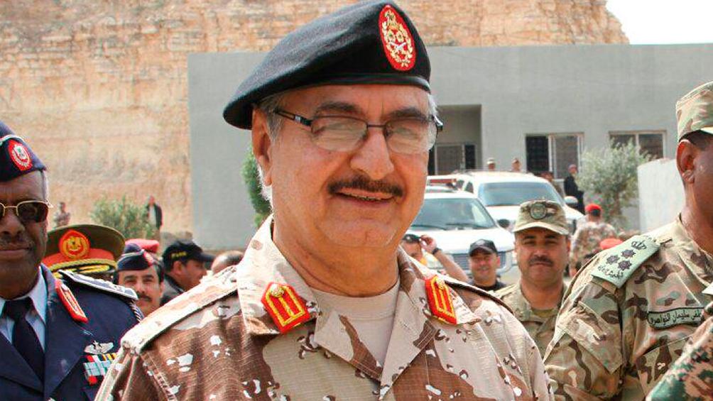 Hafter postergó hasta mañana su aceptación del alto el fuego