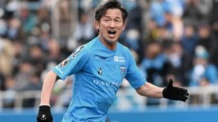 Yokohama le renovó el contrato a un delantero de casi 53 años