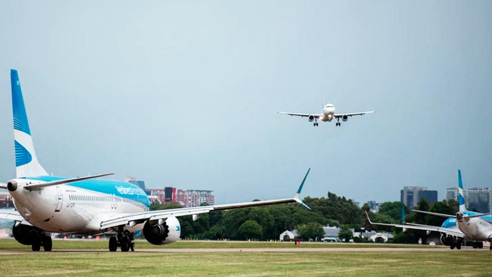 Desde el 11 de mayo los vuelos desde y hacia países limítrofes saldrán y llegarán a Aeroparque