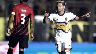 """Boca le ganó a Paranaense con dos goles de Zárate, el """"nueve"""" preferido de Russo"""