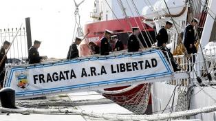 La Fragata Libertad llegó a Montevideo, última parada antes de regresar al país