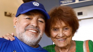 Maradona recibió la visita de Taty Almeida