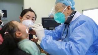 Elevan a 26 los muertos y a más de 800 los contagiados con el nuevo coronavirus en China